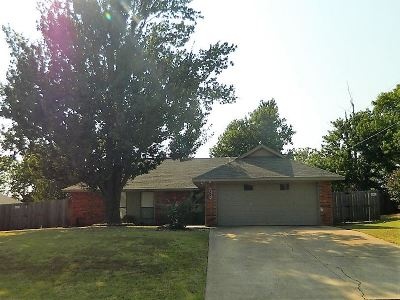 Stillwater Single Family Home For Sale: 1016 N Dryden Cir.