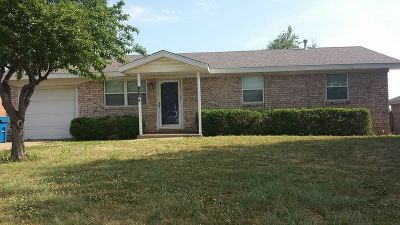Cushing Single Family Home For Sale: 1425 E Moses