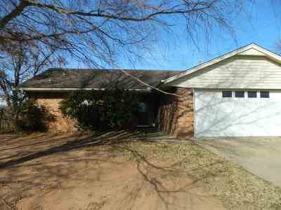 Stillwater Single Family Home For Sale: 1312 E Will Rogers Drive