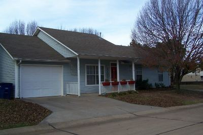 Stillwater Single Family Home For Sale: 2304 E Timbercrest Drive