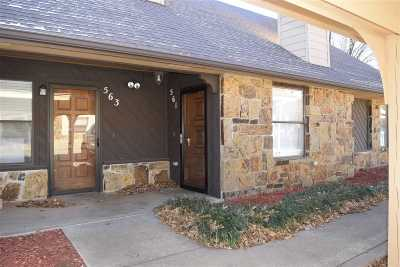 Stillwater Single Family Home For Sale: 561 N Greenbriar Circle