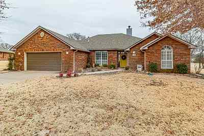 Perkins OK Single Family Home For Sale: $246,000