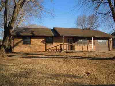 Perkins OK Single Family Home For Sale: $67,500