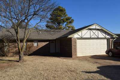 Stillwater Single Family Home For Sale: 516 W 29th Avenue