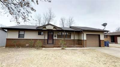 Stillwater Single Family Home For Sale: 1211 E Virginia Avenue