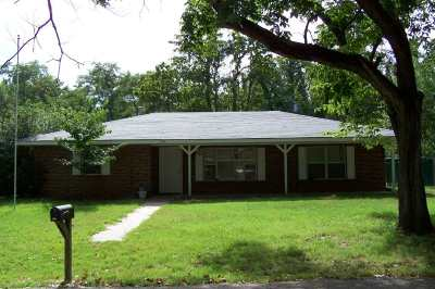 Perkins Single Family Home For Sale: 303 SW 3rd Street