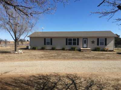 Cushing Single Family Home For Sale: 750220 S 3490 Road
