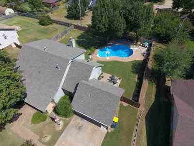 Stillwater Single Family Home For Sale: 2107 N Crescent Drive