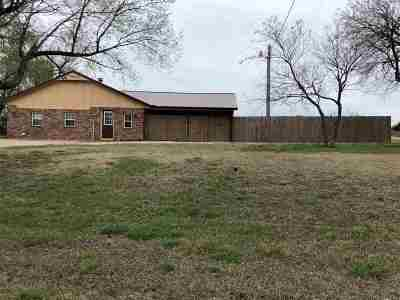 Cushing Single Family Home For Sale: 348015 E 740 Road