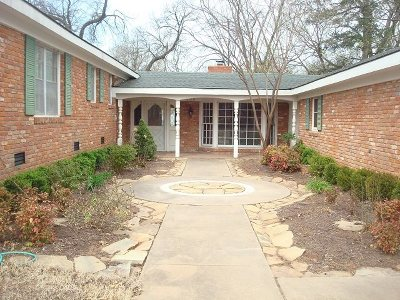 Stillwater OK Single Family Home For Sale: $349,000