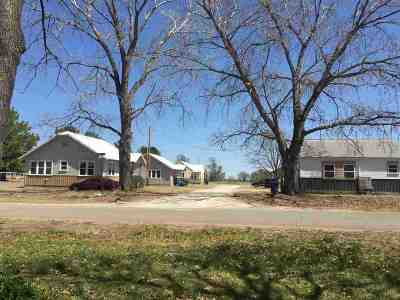 Perkins OK Multi Family Home For Sale: $195,000