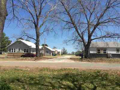 Perkins OK Multi Family Home For Sale: $190,000