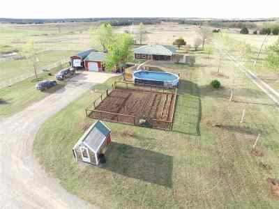 Lincoln County Single Family Home For Sale: 346497 E 740 Road