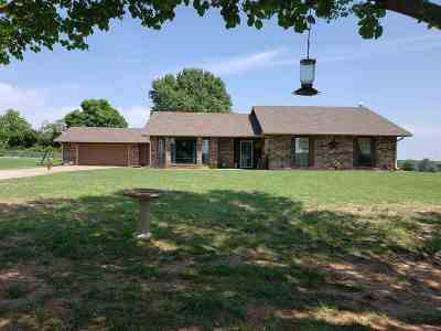 Perkins Single Family Home For Sale: 5618 E Hidden Springs Dr.