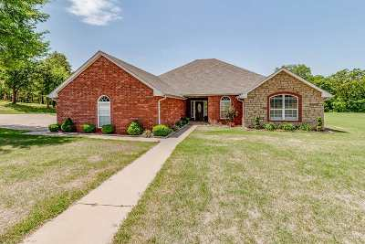 Perkins OK Single Family Home For Sale: $245,000