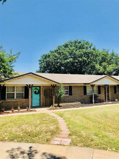 Stillwater Single Family Home For Sale: 902 W Choctaw Lane