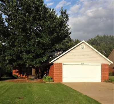 Stillwater Single Family Home For Sale: 823 S Greystone Street
