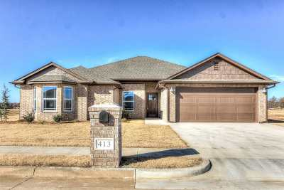 Perkins OK Single Family Home For Sale: $219,900