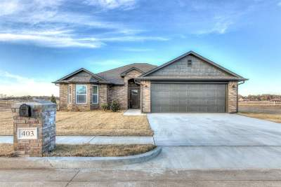 Perkins Single Family Home For Sale: 403 E Kinder Wells