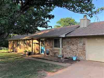 Cushing Single Family Home For Sale: 740330 S 3484 Road