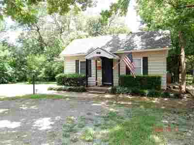 Stillwater Single Family Home For Sale: 121 S Lowry Street