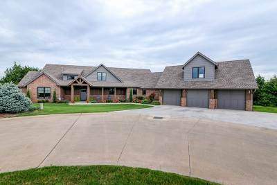 Stillwater Single Family Home For Sale: 1320 N Falls Drive