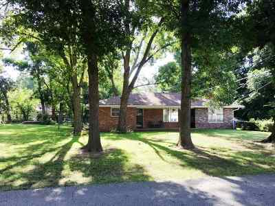 Perkins OK Single Family Home For Sale: $143,750