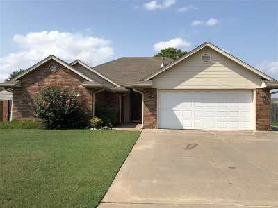 Perkins Single Family Home For Sale: 1103 Reynolds
