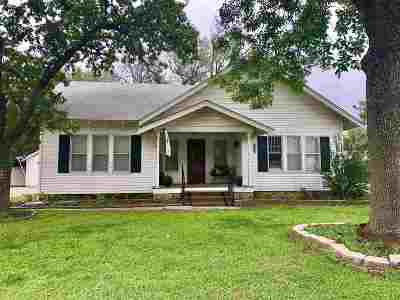 Cushing Single Family Home For Sale: 622 S Harrison Avenue