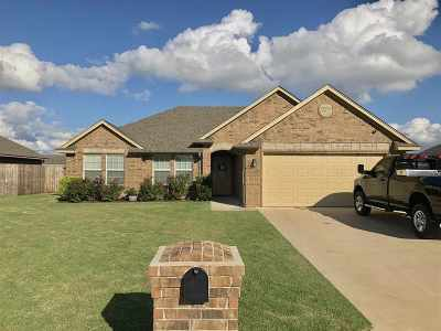 Perkins OK Single Family Home For Sale: $191,500