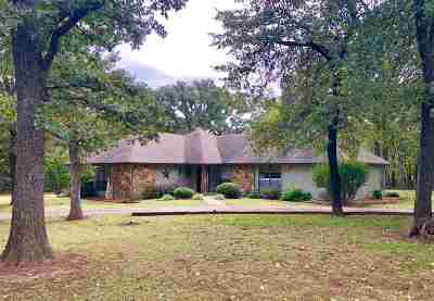 Cushing Single Family Home For Sale: 4121 E Fairlawn