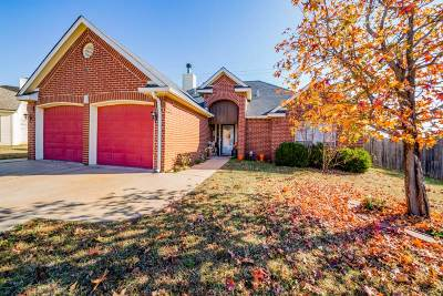 Stillwater OK Single Family Home For Sale: $166,000