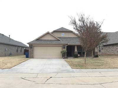 Stillwater Single Family Home For Sale: 402 E Copper Canyon Avenue