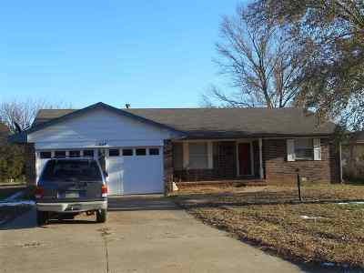 Stillwater Single Family Home For Sale: 1524 E Hanson Circle