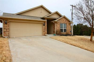 Stillwater OK Single Family Home For Sale: $223,400