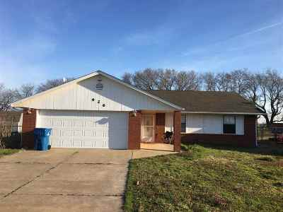 Stillwater Single Family Home For Sale: 926 W Chickasaw
