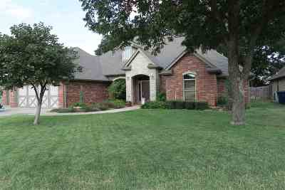 Stillwater Single Family Home For Sale: 1001 S Pecan Hill Street