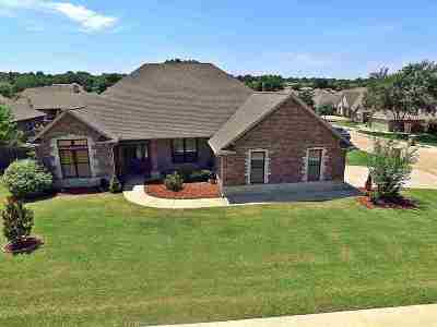 Stillwater Single Family Home For Sale: 2302 Bridlewood