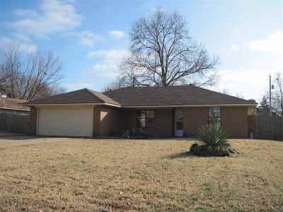 Stillwater Single Family Home For Sale: 1505 E Will Rogers