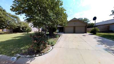 Stillwater Single Family Home For Sale: 110 E Rogers Drive