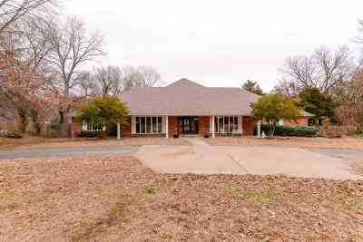 Stillwater Single Family Home For Sale: 1610 S Cedar Ridge Court