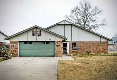 Stillwater Single Family Home For Sale: 321 E Marie Drive