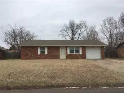 Perkins Single Family Home For Sale: 109 Cross