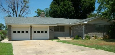 Cushing Single Family Home For Sale: 822 E 6th Street