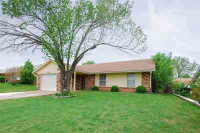 Stillwater Single Family Home For Sale: 1124 E Will Rogers