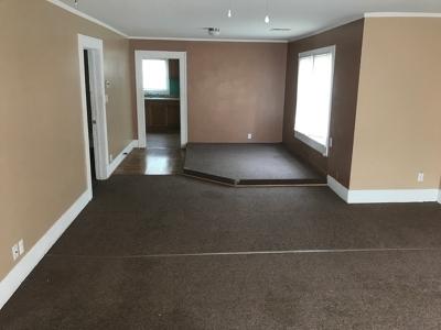 Cushing Single Family Home For Sale: 1002 E Walnut Street