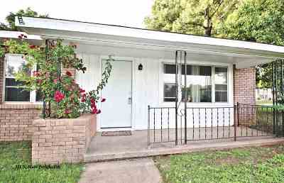 Perkins Single Family Home For Sale: 323 S Main Street
