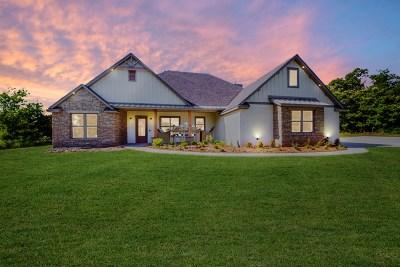 Stillwater Single Family Home For Sale: 1922 N Bradley