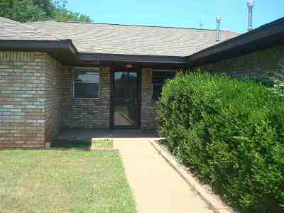 Stillwater Single Family Home For Sale: 1534 E Hanson