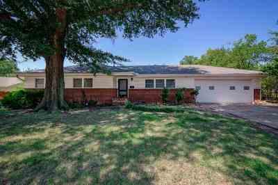 Stillwater Single Family Home For Sale: 2410 N Jefferson Street